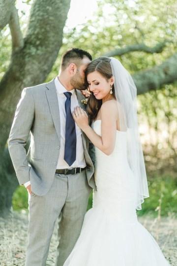 Navy and Peach Wedding | Anita Martin Photography | Bridal Musings 18
