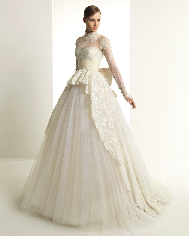 2af4866c9551 The 'Katrine' gown by Zuhair Murad for Rosa Clará is a chic new take on  Grace Kelly's famous wedding dress. I absolutely adore that giant silk bow!