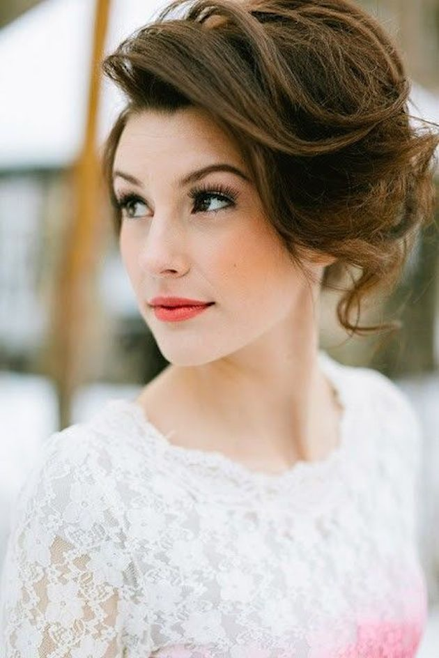 How to Wear a Bob for your Wedding | Bridal Bobs | Bridal Musings Wedding Blog 32
