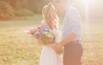 Dreamy Meadow Bridal Portraits with Dewy Lighting, Pretty Blooms… And Cows!