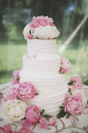 Textured Wedding Cakes | Ivory and Rose Cake Company | Bridal Musings Wedding Blog 4
