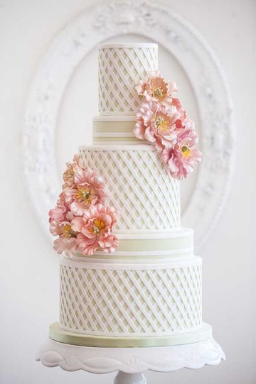 Textured Wedding Cakes | Ivory and Rose Cake Company | Bridal Musings Wedding Blog 6