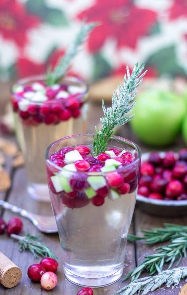 Cute Cocktails | Wedding Ideas | Bridal Musings Wedding Blog 1