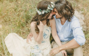 A Beautiful Bohemian Engagement Shoot in the Woods