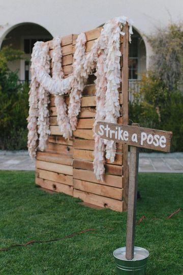 Wedding Photobooth Essentials | Bridal Musings Wedding Blog 16