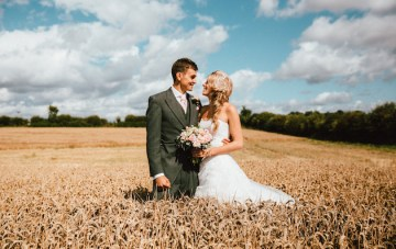 Pretty English Wedding with Gorgeous Meadow Portraits