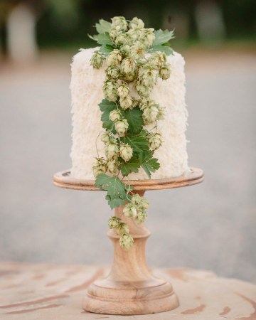 Farm to Table Rustic Wedding Inspiration | Cat Mayer Studio | Bridal Musings Wedding Blog 40