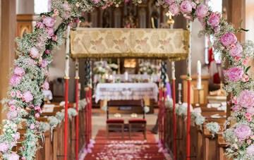 Gorgeous Barn Wedding in Germany | Ashley Ludaescher Photography | Bridal Musings Wedding Blog 13