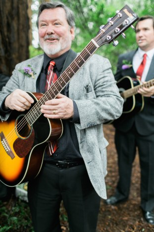 Colourful Redwoods Wedding in the Rain | Caitlin Turner Photography | Bridal Musings Wedding Blog 13