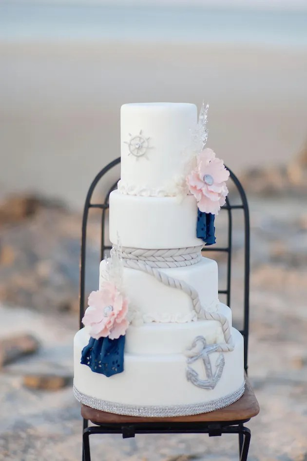 How To Create a DIY Beach Wedding | Avery Design & Printing | Bridal Musings Wedding Blog 6