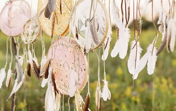 Bohemian Wedding Decor; 20 Ideas for a Dreamcatcher Wedding