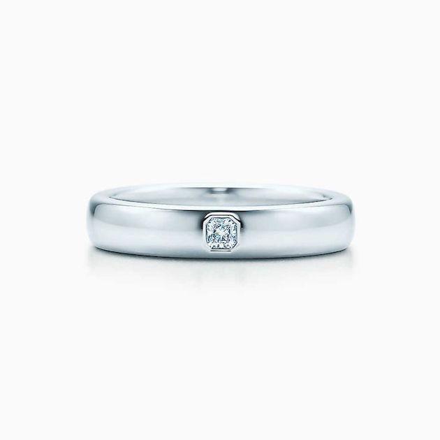 2f5d6e2e5 Engagement Rings for Men | Men's Engagement Ring | Bridal Musings Wedding  Blog 25