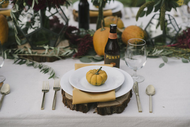 5577def402 Pumpkin Patch Wedding Inspiration for Fall