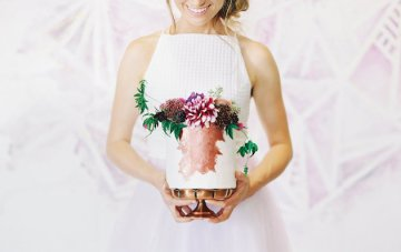 Trend Alert: 25 Gorgeous Ideas for Single-Tier Wedding Cakes