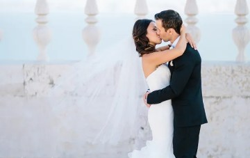Stunningly Beautiful Destination Wedding in Lisbon