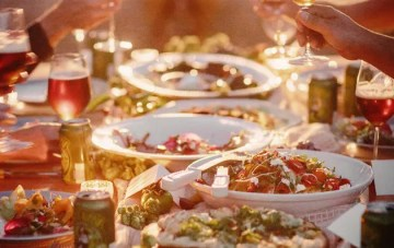 10 Awesome Expert Tips To Make The Most Of Your Wedding Catering