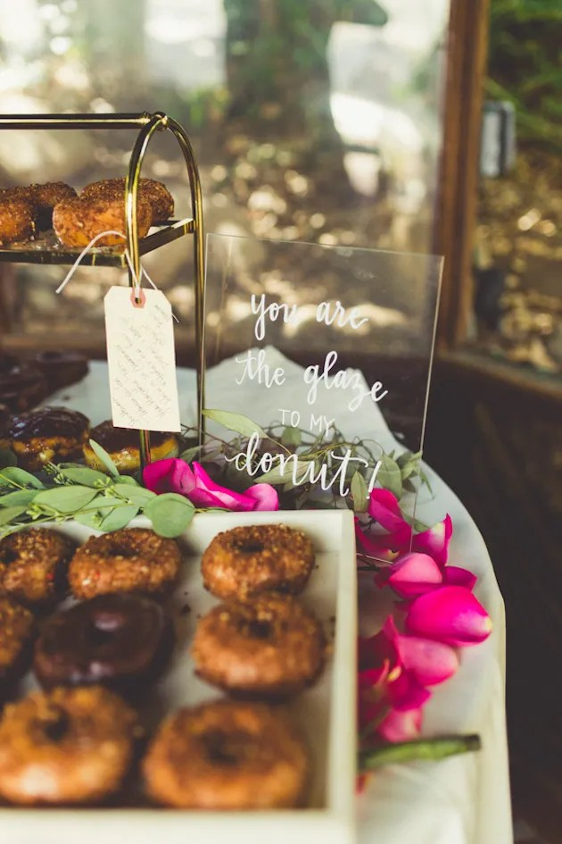10 Expert Tips To Make The Most From Your Wedding Catering | Social Pantry | Bridal Musings Wedding Blog 18