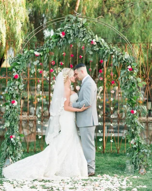 Super Pretty Garden Wedding Inspiration | Emi Fujii Photography | Weddings by Katlin | Bridal Musings Wedding Blog 29