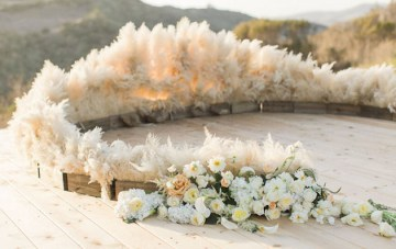 Trend Alert: 23 Gorgeous Ways To Use Pampas Grass for Your Wedding