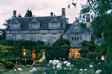 english-garden-wedding-by-depict-photograhy-and-jessie-thompson-weddings-events-52