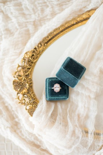 jewel-toned-wedding-inspiration-by-anna-mateo-photography-28