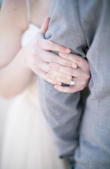 winter-wedding-inspiration-by-amy-caroline-photography-16