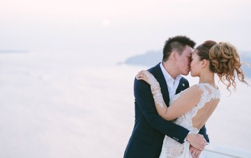 Breathtaking Destination Wedding in Santorini (with an Epic View)