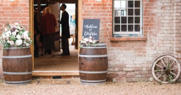 English Winery Wedding by Hannah McClune Photography 28