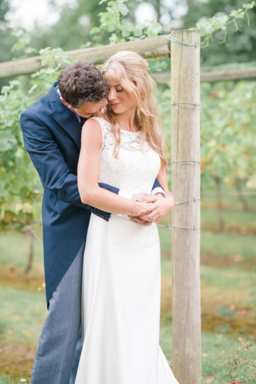 English Winery Wedding by Hannah McClune Photography 57