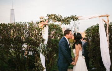 Fun Jersey City Wedding with a Manhattan Skyline Backdrop