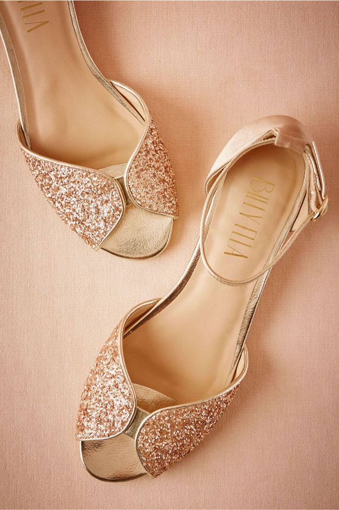 b7d01454b164 10 Flat Wedding Shoes (That Are Just As Chic As Heels)