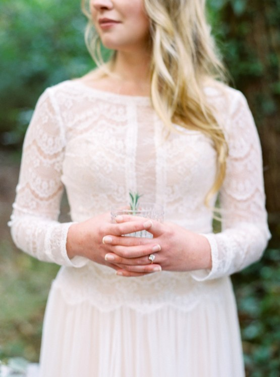 Woodland Wedding Inspiration by Molly Lichten Photography and Jamie Leigh Events 20
