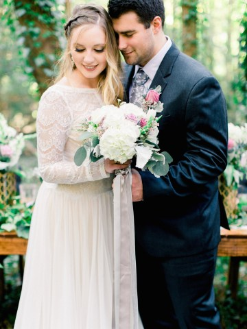 Woodland Wedding Inspiration by Molly Lichten Photography and Jamie Leigh Events 9