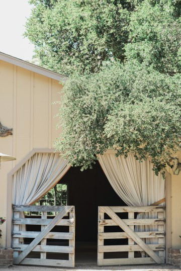 Gorgeous Outdoor Wedding by Rebecca Marie Photography 1
