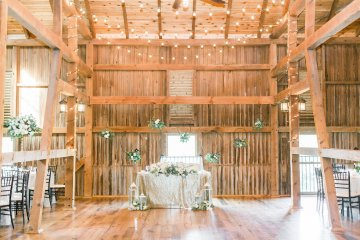Romantic Floral Wedding by Hay Alexandra and Geomyra Lewis Wedding and Events 17