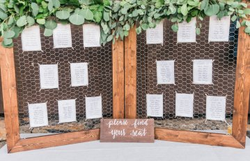 Romantic Floral Wedding by Hay Alexandra and Geomyra Lewis Wedding and Events 27
