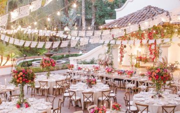10 Garlands & Bunting for your Wedding