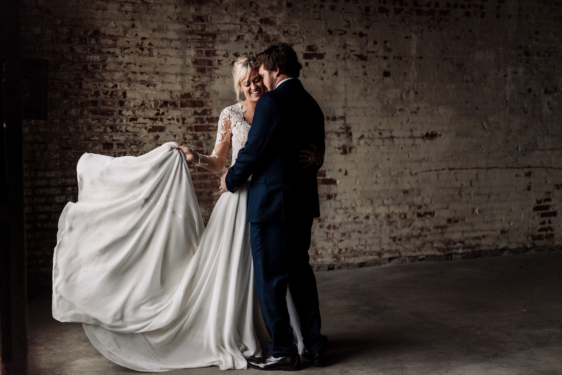 Moody Winter Wedding Inspiration by Kelcy Leigh Photography 18
