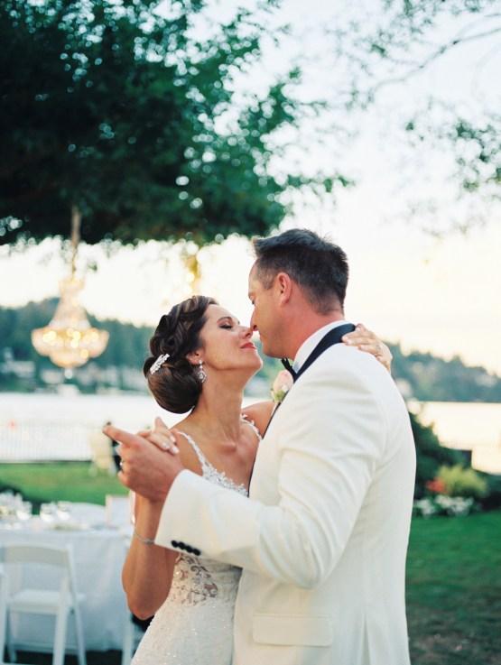 Beautiful Lakehouse Wedding by Jamie Rae Photo 44