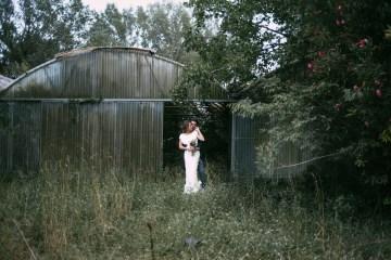 Cool Spanish Wedding by Sara Lobla and La Puta Suegra 1
