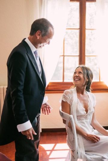 Cool Spanish Wedding by Sara Lobla and La Puta Suegra 12