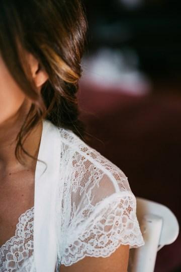 Cool Spanish Wedding by Sara Lobla and La Puta Suegra 13