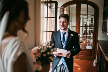 Cool Spanish Wedding by Sara Lobla and La Puta Suegra 19