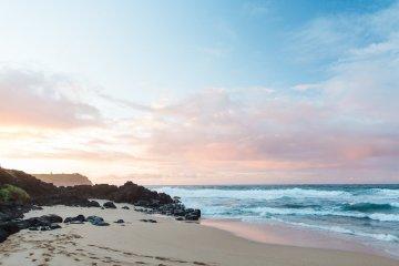 Hawaii Elopement by Modern Elopement and Sea Light Studios 40