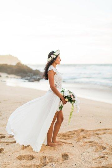 Hawaii Elopement by Modern Elopement and Sea Light Studios 81