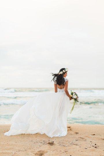 Hawaii Elopement by Modern Elopement and Sea Light Studios 82