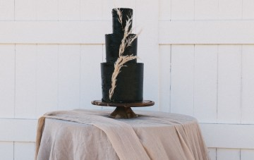 Modern Farmhouse Wedding Inspiration by Alexandra Wallace and A Lovely Creative 17