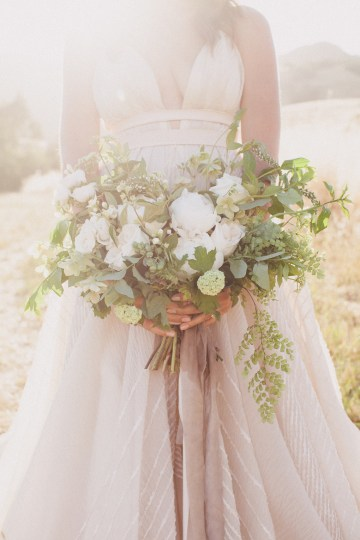 Modern Farmhouse Wedding Inspiration by Alexandra Wallace and A Lovely Creative 63