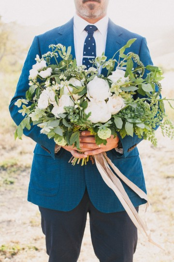 Modern Farmhouse Wedding Inspiration by Alexandra Wallace and A Lovely Creative 70