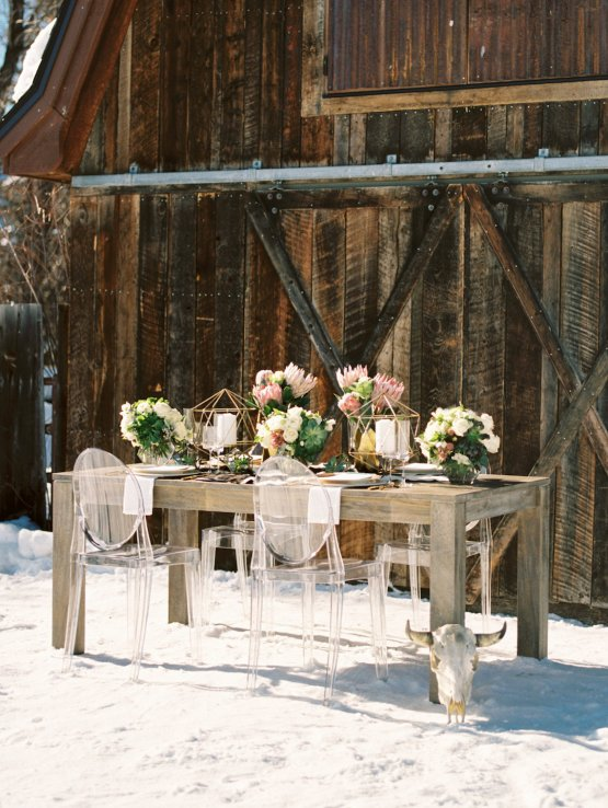 Contemporary Winter Wedding Inspiration by Rachel Havel and BluebirdProductions 26